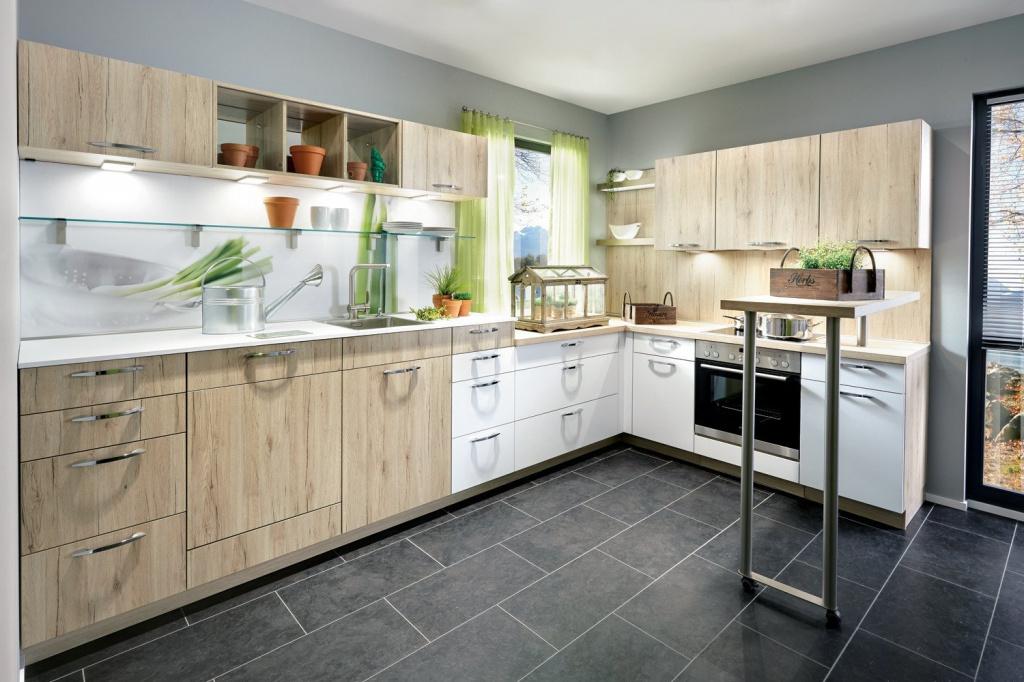 Какие есть виды кухонных гарнитуров?