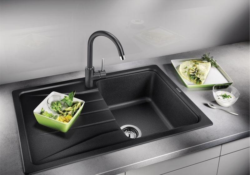Из какого материала выбрать раковину на кухню